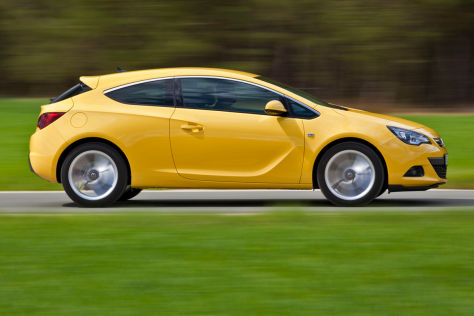 Opel-Astra-Biturbo