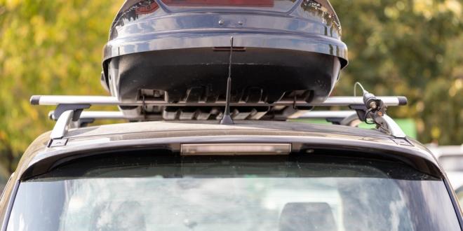 Najväčšie chyby motoristov pri výbere strešného boxu